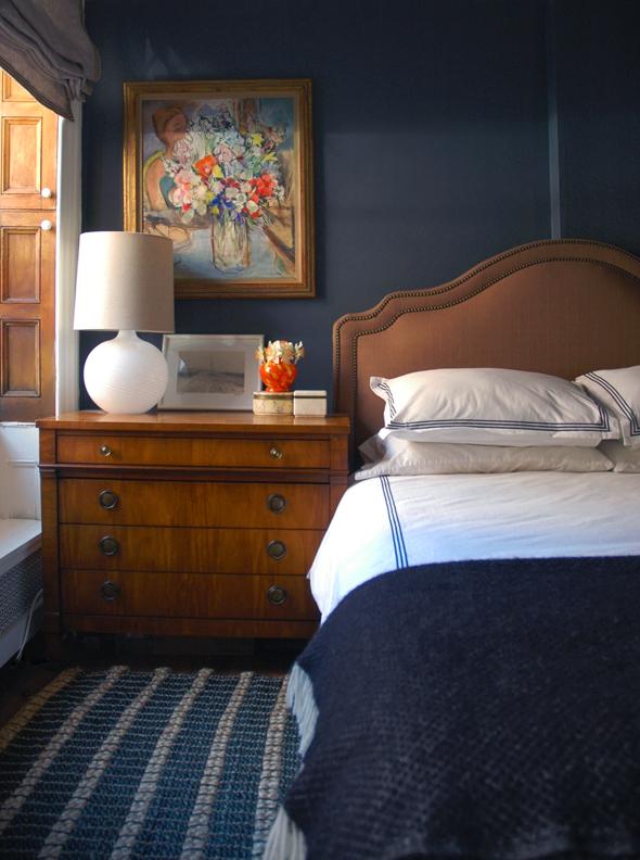 navy_bedroom